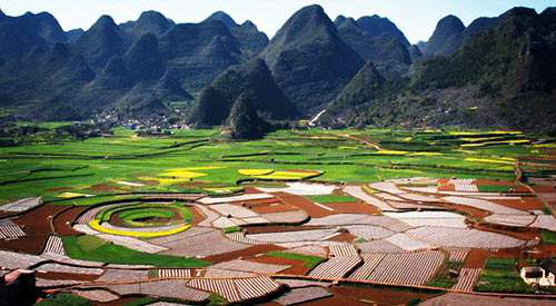 Wan Fenglin: Heartbeat on the plateau (Guizhou) (Best season: Go to Xingyi in July and August, large and small waterfalls appear to have momentum because of the water, and summer rafting is also more comfortable)