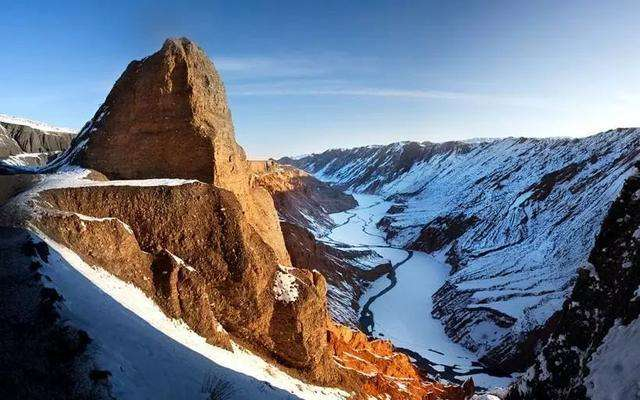 Wuerhe: The wind loves ups and downs (Xinjiang) (Best season: every year from April to August)