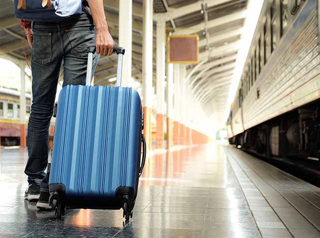 How to maintain the trolley bag