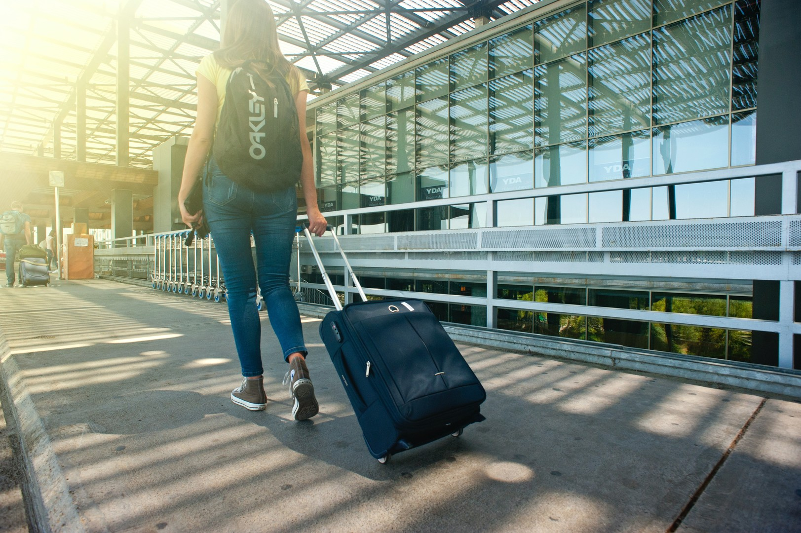 Is a backpack or a suitcase better for traveling?